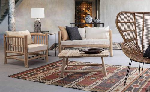 Dřevěný nábytek do interiéru