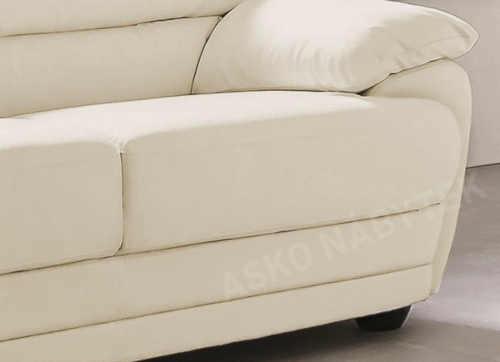 komfortní čalouněná dvoumístná pohovka